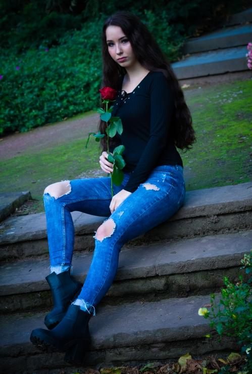 rose cool blue
